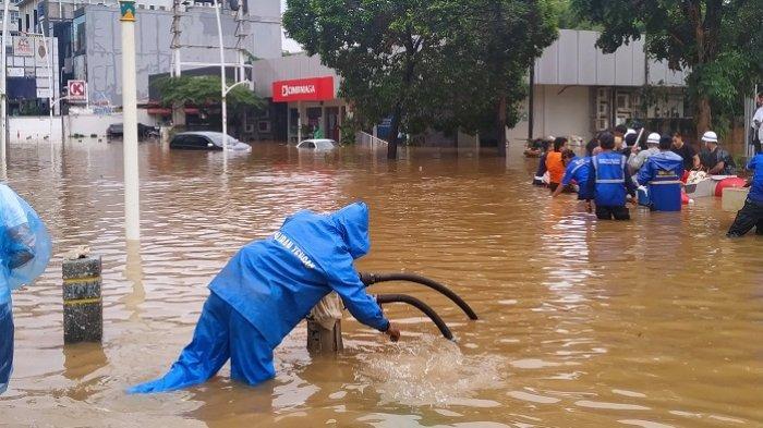 Ketua MPR: Korban Banjir Tak Kenal Status Sosial, Jangan Saling Menyalahkan