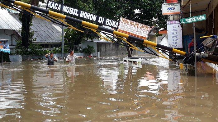 DKI Terbitkan Panduan Kesiapsiagaan Warga Hadapi Banjir di Tengah Pandemi