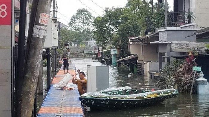 Banjir di Jakarta dan Bekasi Surut, Lebih dari 4 Hari Kawasan Priuk Tangerang Masih Terendam Banjir