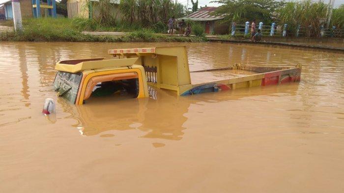 4 Orang Meninggal Dunia Akibat Banjir dan Longsor di Sorong: 3 Tertimbun Longsor, 1 Kesetrum