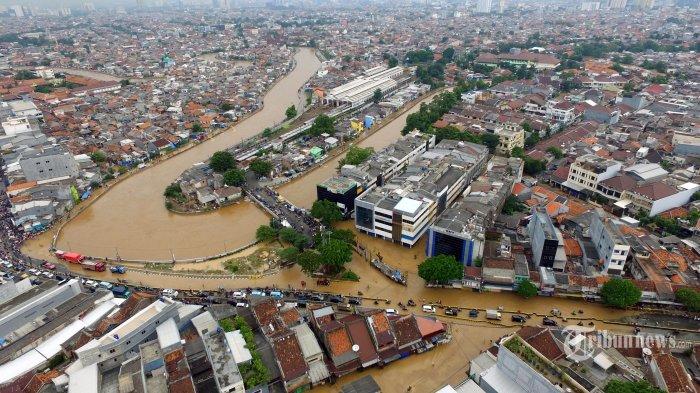 Takdirkah Jika Sejak Lahir Jakarta Selalu Akrab dengan Banjir Kiriman? Simak Faktanya Dari Zaman VOC