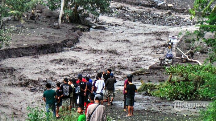 Gunung Agung Enam Kali Alami Tremor Melebihi Skala Ukuran, Apa Kata PVMBG?