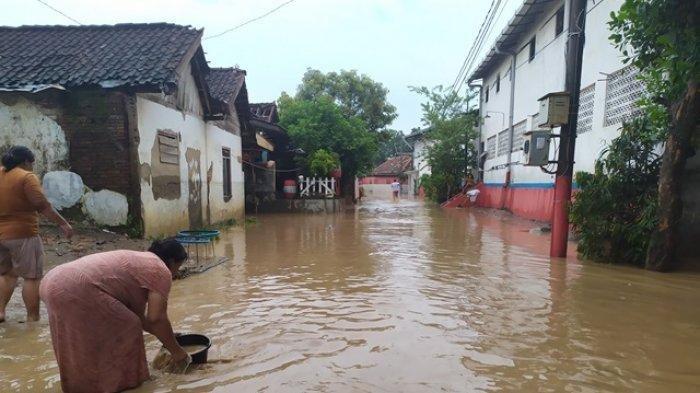 Enam RT di Wonosari Ngaliyan Terendam Banjir dan Lumpur