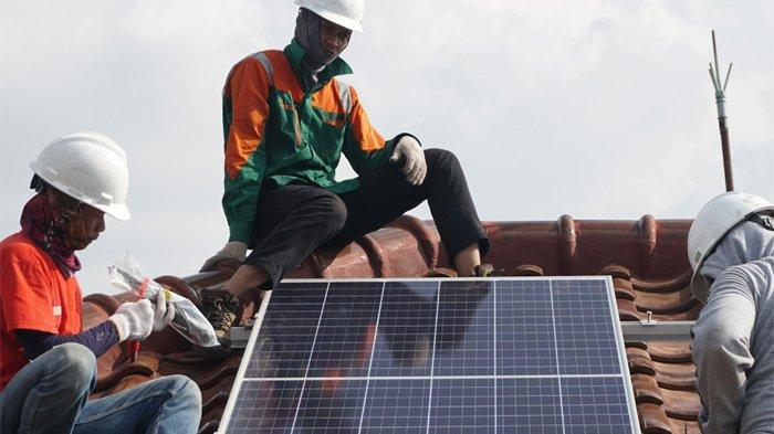 SUNterra-Bank Mandiri Jalin Kerja Sama Strategis untuk Program Pemasangan Solar Panel