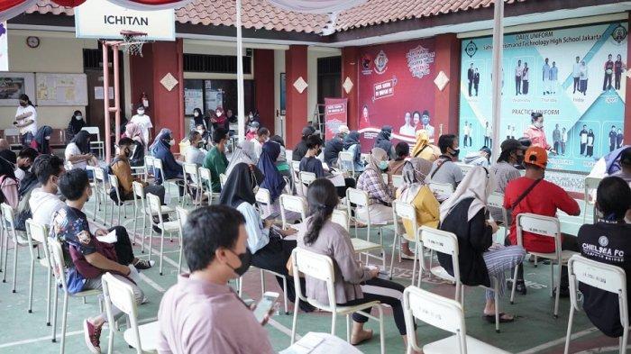 Banteng Jakarta Timur Gelar Vaksinasi di SMK Sahid Jakarta