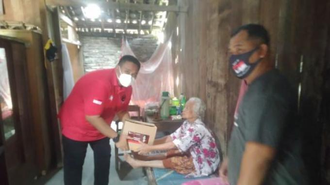 Puan Salurkan Beragam Bantuan untuk Rakyat Terdampak Pandemi Covid-19