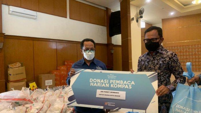 Yayasan Dana Kemanusiaan Kompas Bagikan 300 Paket Sembako Bagi Warga Kurang Mampu di Bogor