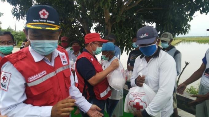 PMI Salurkan Bantuan untuk Korban Banjir di Jawa Tengah