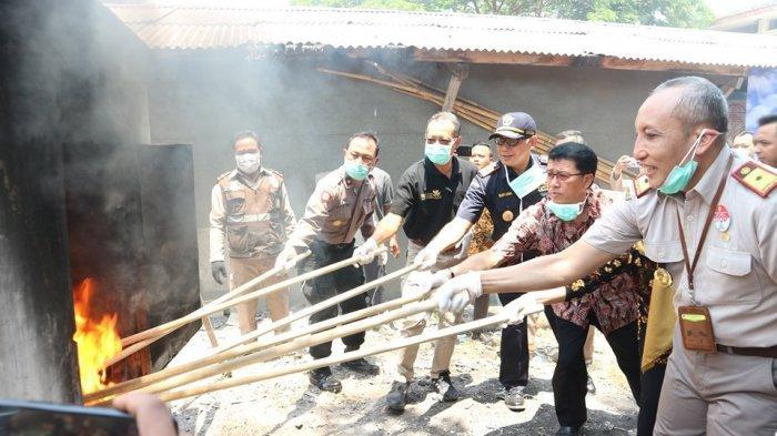 Berpotensi Membahayakan Masyarakat, Ratusan Ribu Barang Ilegal Dimusnahkan Bea Cukai