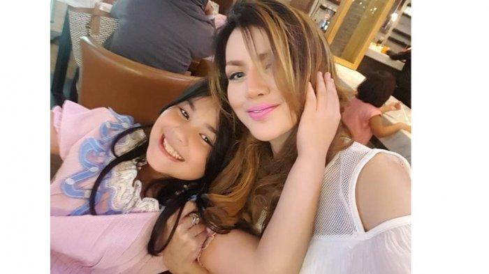 FOTO-FOTO Keisha Aira, Putri Cantik Barbie Kumalasari yang Curi Perhatian, Sudah Beranjak Remaja!