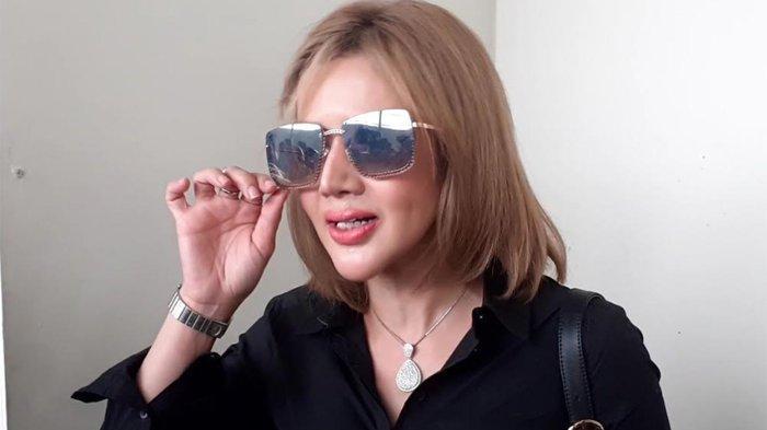 Barbie Kumalasari saat ditemui di Pengadilan Negeri Jakarta Selatan, Selasa (10/12/2019).