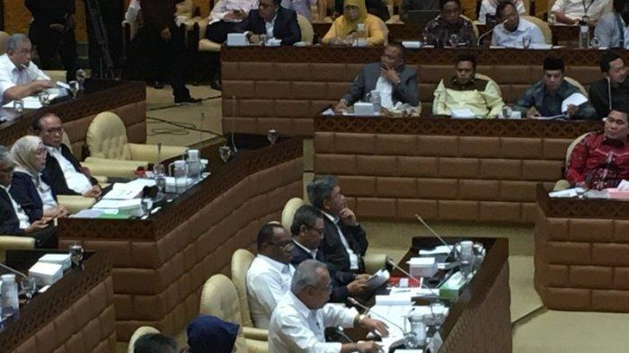 Raker Perdana, Menteri PUPR Perkenalkan Wamen John Wempi Wetipo