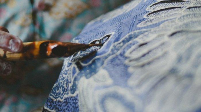 Batik merupakan salah satu keberagaman budaya Indonesia
