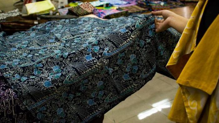 Baru Tahu Kan Kalau Bandung Punya Batik Khas? Motifnya Seperti Ini