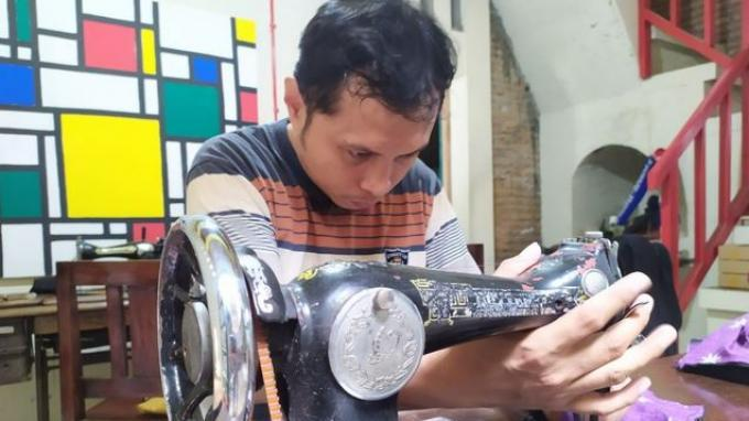 Mengenal Batik Toeli Laweyan Solo, Pekerjanya Penyandang Disabilitas Tunarungu