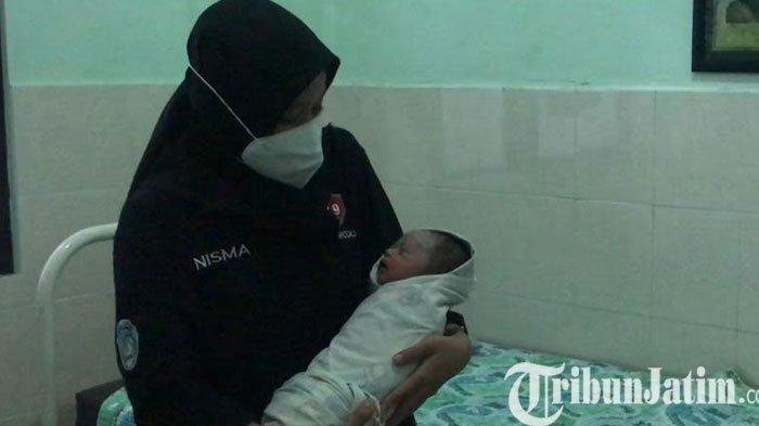 Dibuang Orang Tua Kandung, Bayi Ini Jadi Rebutan 14 Orang Tua untuk Diadopsi