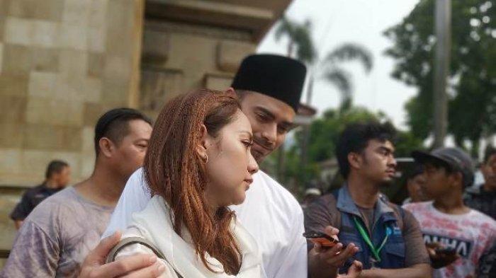 Reaksi BCL Soal Larangan Selfie di Makam BJ Habibie