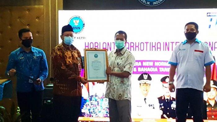Bea Cukai Batam Terima Penghargaan Atas Peran Aktif Pemberantasan Narkotika Dari BNN Kepulauan Riau