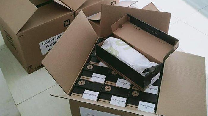 Bea Cukai Magelang Kawal Ekspor Perdana Sepatu di Kabupaten Temanggung