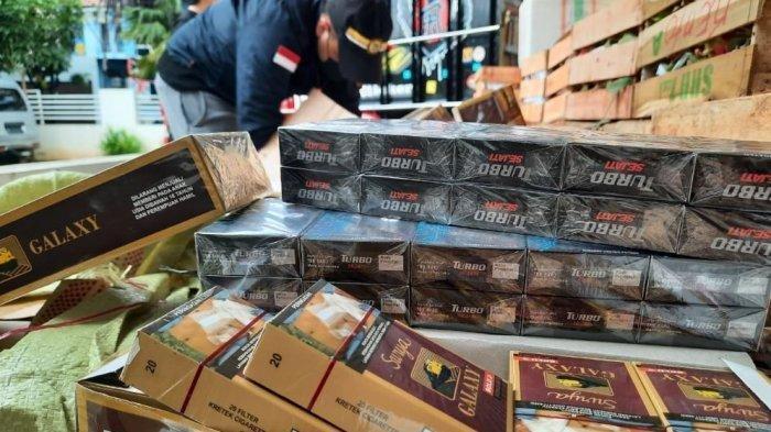 Larangan Promosi Rokok Dikritik: Penegakan Pemakaian Masker Jauh Lebih Penting