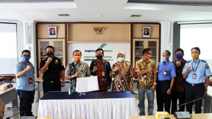 Bea Cukai Yogyakarta Teken LOCA Pelayanan Angkutan Udara Bandara Adisutjipto