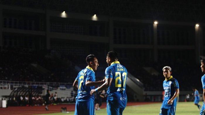Persib Bandung Siapkan 2 Opsi di Lini Pertahanan untuk Mengarungi Liga 1 Musim 2020
