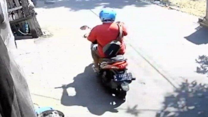 ILUSTRASI Pelaku pelecehan seksual begal payudara terekam CCTV di jalan Desa Panjunan RT 3 RW 1, Kecamatan Pati, Kabupaten Pati (ist)