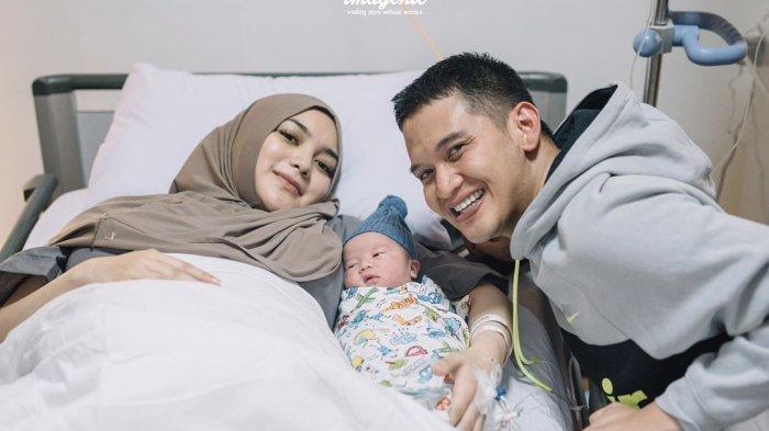 Begini kondisi terkini bayi Athar, anak Citra Kirana dan Rezky Adhitya yang sempat masuk rumah sakit hingga masuk inkubator.