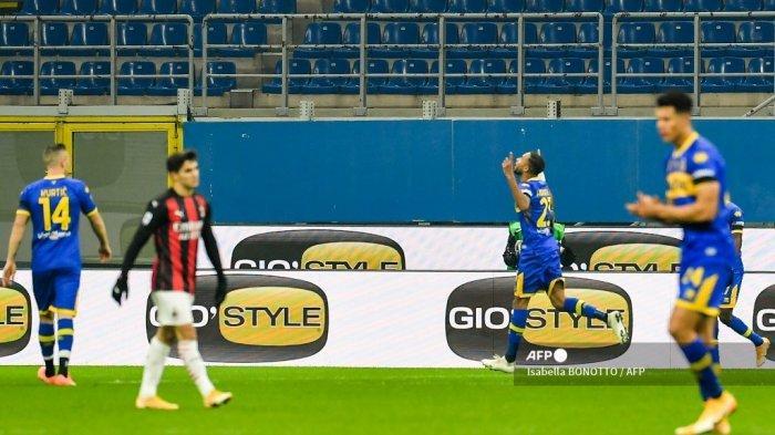 HASIL Babak I AC Milan vs Parma Liga Italia, Rossoneri Teringgal 0-1