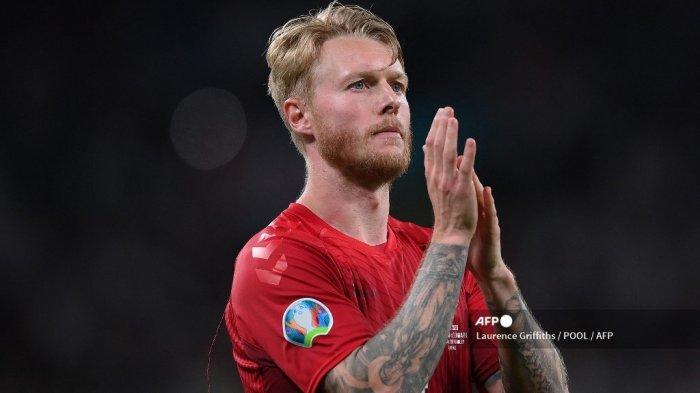 Kisah Heroik yang Antiklimaks Bek AC Milan di Euro 2021, Gol Bunuh Diri Kjaer Jadi Petaka Denmark