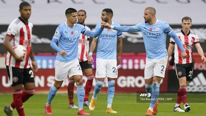Dua Bek Disulap Jadi Gelandang, Rahasia Pep Guardiola di Balik Kemenangan Beruntun Manchester City