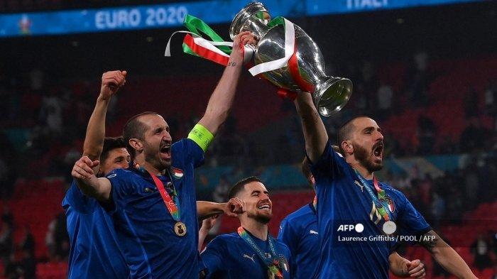 Bek Juventus, Leonardo Bonucci Dedikasikan Trofi Euro 2021 untuk Paulo Rossi