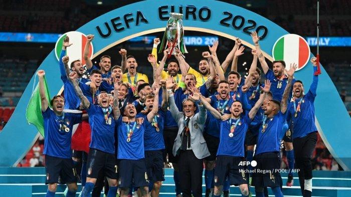 Pelajaran dari Italia Juara Euro 2021: Kecerdasan Mancini Atur Kombinasi Bertahan dan Menyerang