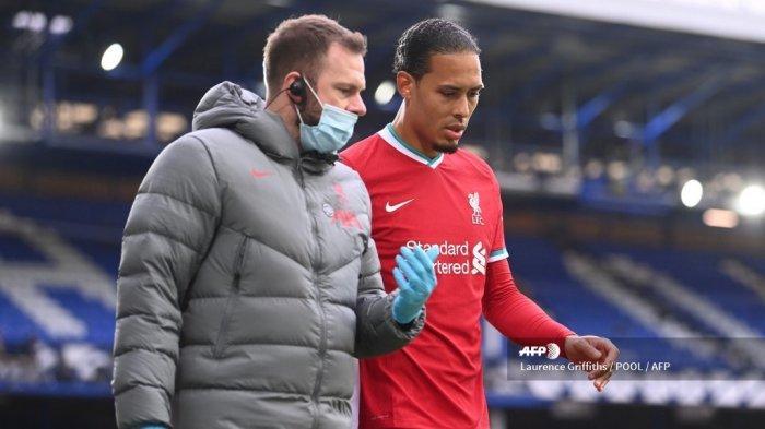 BREAKING NEWS : Liverpool Kehilangan van Dijk hingga Akhir Musim Karena Cidera Lutut