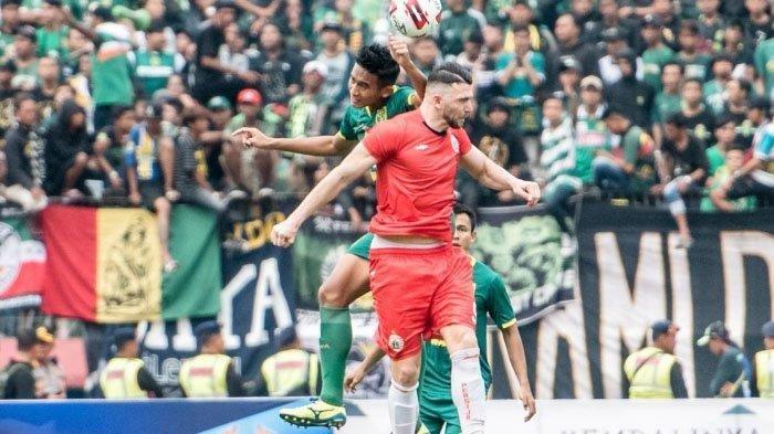 Bek muda Persebaya Surabaya Rizky Ridho disorot setelah bikin Marko Simic mati kutu di Final Piala Gubernur Jatim 2020.