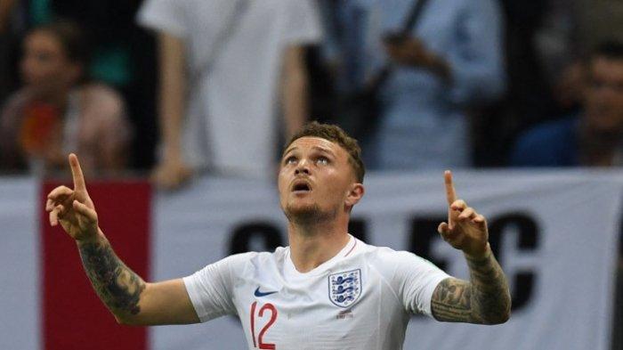 Bek sayap Timnas Inggris, Kieran Trippier, merayakan golnya ke gawang Kroasia dalam pertandingan semifinal Piala Dunia 2018, Rabu (11/7/2018) di Luzhniki Stadium, Moskow.