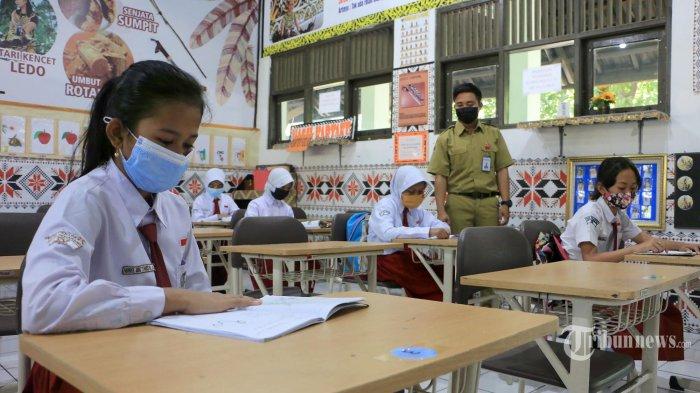 Nadiem: Banyak Sekolah Belum Berikan Opsi Pembelajaran Tatap Muka Terbatas
