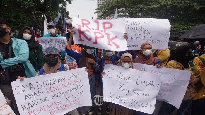 Demo Selesai, Inilah Lima Tuntutan BEM SI Sebelum Tinggalkan Gedung Merah Putih KPK