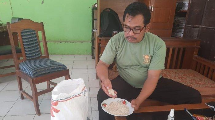 Beras Tidak Layak Diterima Warga Miskin di Ciamis