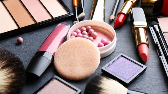 Berikut ini tips aman berbelanja kosmetik atau skincare secara online yang bisa kamu terapkan.