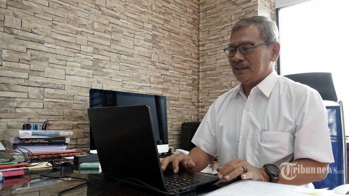 Direktur Jenderal Pencegahan dan Pengendalian Penyakit Kementerian Kesehatan RI Achmad Yurianto menyampaikan pandangannya saat berdiskusi virtual dengan redaksi Tribunnews di Kantor Kemenkes, Kuningan, Jakarta, Jumat (11/9/2020). TRIBUNNEWS/DANY PERMANA