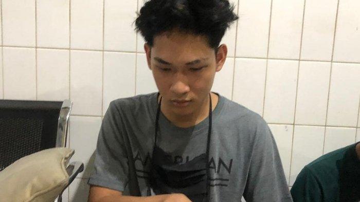 Beredar Foto dan Video Penangkapan Ferdian Paleka di Tol Tangerang-Merak