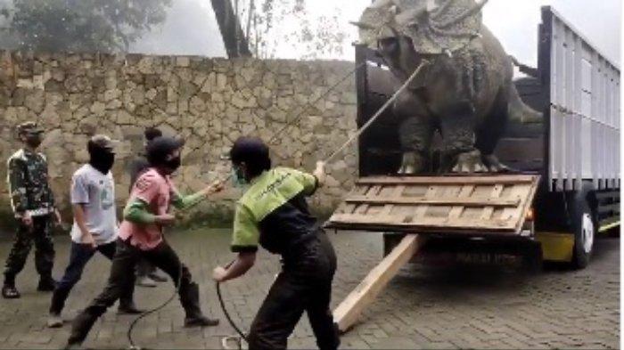 FAKTA di Balik Video 'Dinosaurus' Ngamuk di Magetan: Bagian dari Promosi, Terjawab Wujud Aslinya