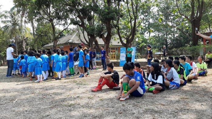 Bersama SOS Children's Villages Indonesia, Persita Tangerang Bantu Anak-Anak