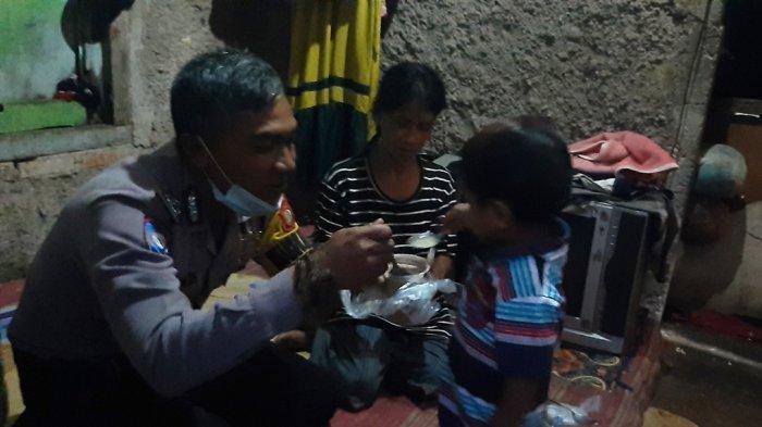 Bhabinkamtibmas Desa Bojonggede Buka Puasa di Rumah Warga, Demi Memelihara Rasa Kekeluargaan