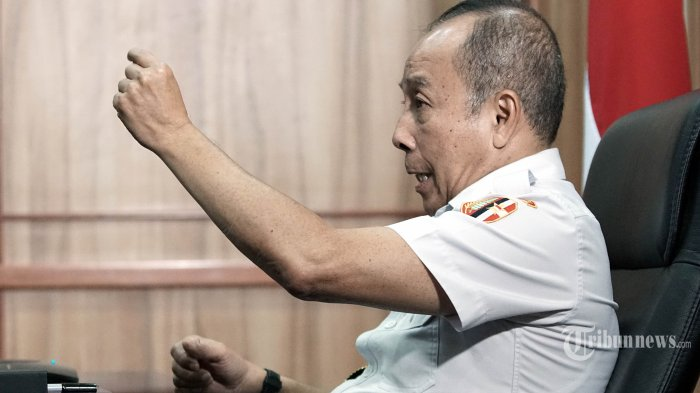 Gubernur Lemhanas Letjen (Purn) Agus Widjojo berbincang dengan redaksi Tribunnews secara virtual di Kantor Lemhanas, Jakarta, Rabu (23/9/2020). TRIBUNNEWS/DANY PERMANA