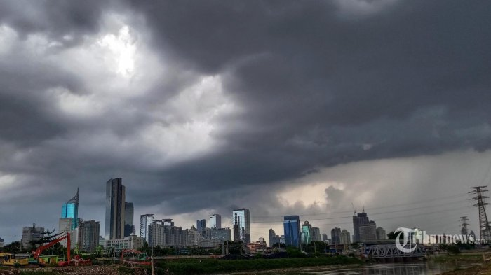 Peringatan Dini BMKG Senin, 19 Oktober 2020: Cuaca Ekstrem Hujan hingga Angin Kencang di 24 Wilayah