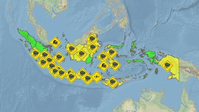 BMKG: Peringatan Dini Cuaca Ekstrem Besok, 18 Maret 2020, 13 Wilayah Berpotensi Hujan Petir & Angin.