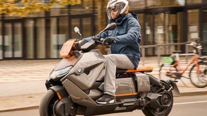 Skuter Listrik BMW Motorrad CE04 2021 Berdesain Futuristik Ini Mampu Tembus Jarak 130 Km