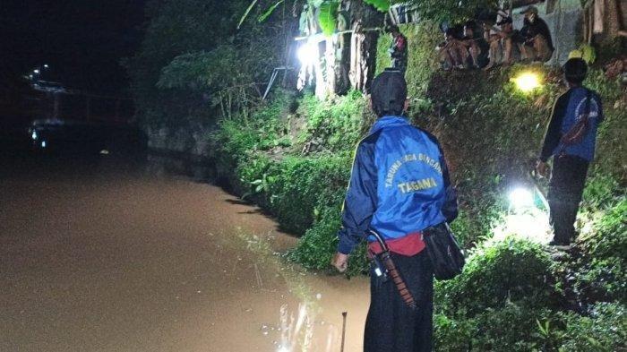 Pamit Mancing di Kolam Rumah Paman, Bocah 8 Tahun Menghilang, Sandalnya Ditemukan di Tepi Sungai